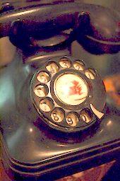 Black_telephone